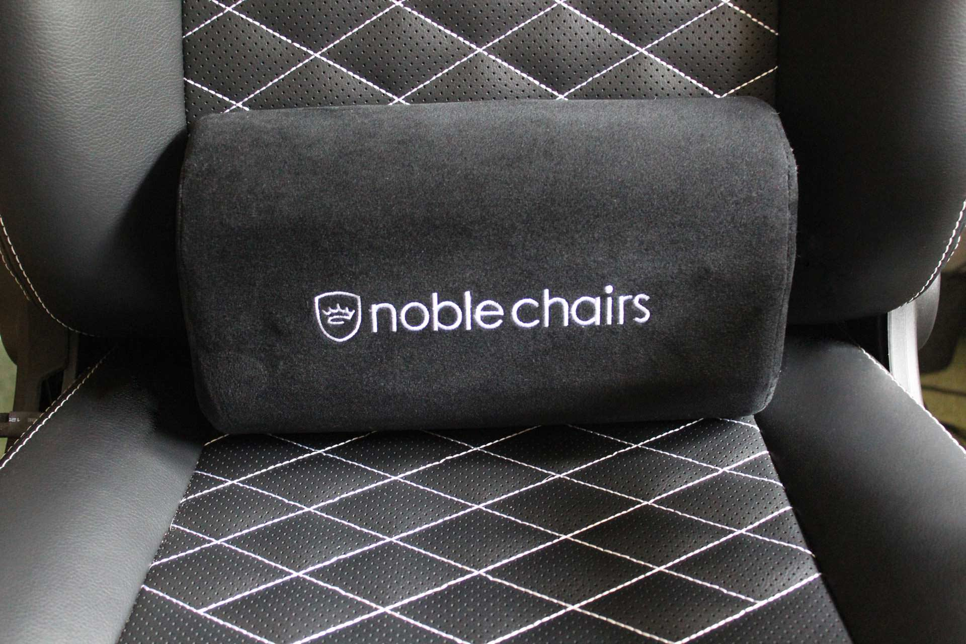 Noblechairs icon series gaming chair 5 chaises gamer for Chaise klim